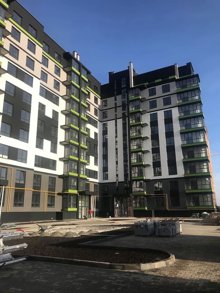 150-квартирний багатоповерховий житловий будинок