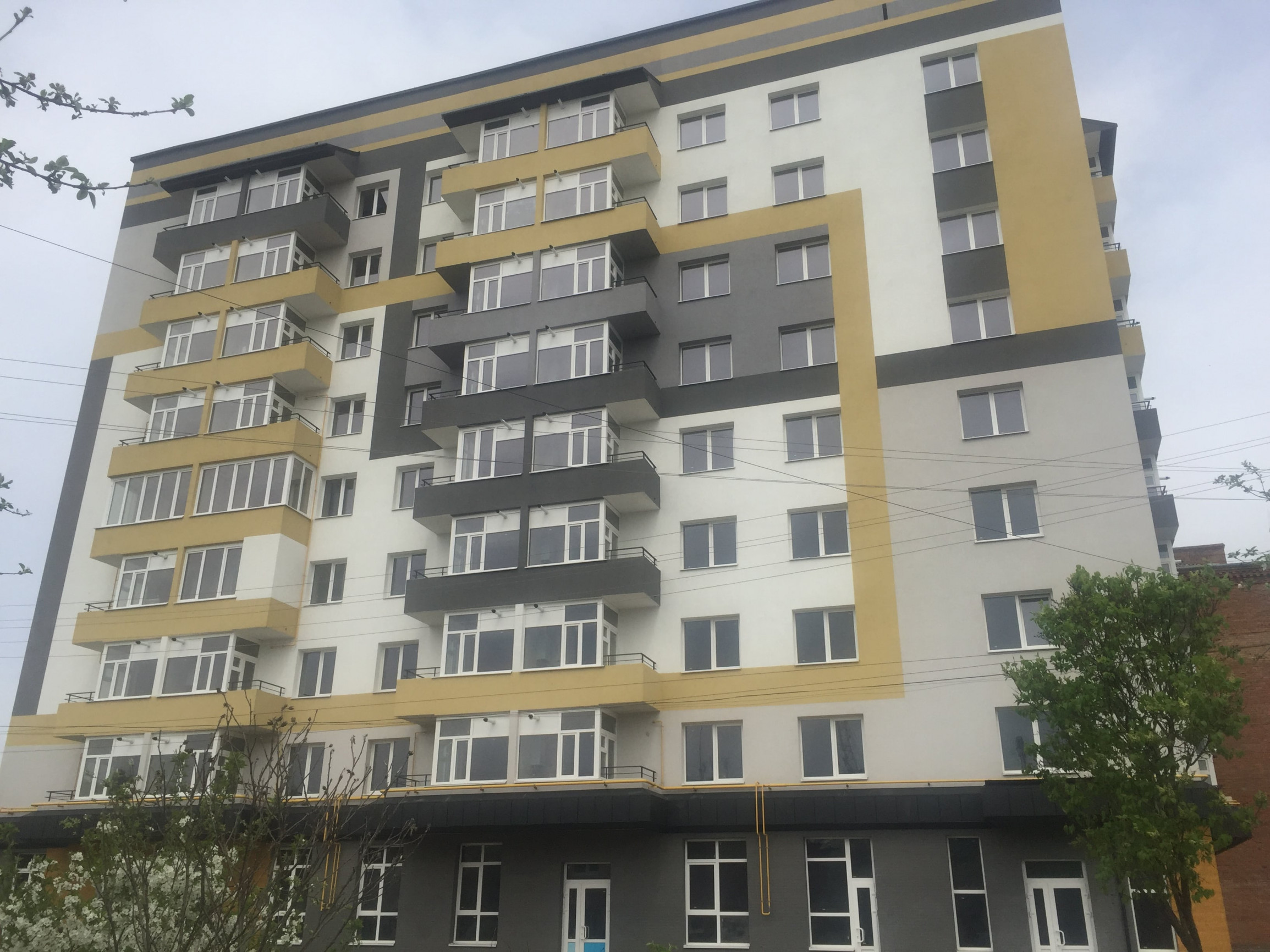 53-квартирний житловий будинок